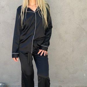 J LO Black silky two piece pajama set